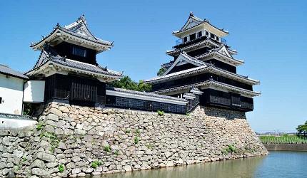 「日本三大水城」中津城