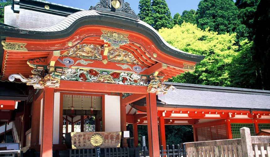 日本鹿兒島莊嚴神聖的「霧島神宮」