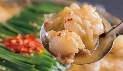 九州福岡必吃名物美食推薦「おおやま」味噌內臟鍋的內臟