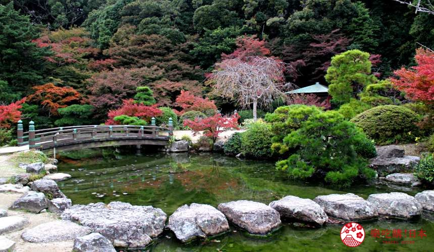 山口縣下關市賞櫻紅葉的日式庭園長府庭園