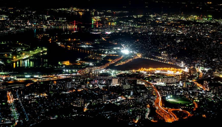 日本新三大夜景都市山口縣北九州市皿倉山市景