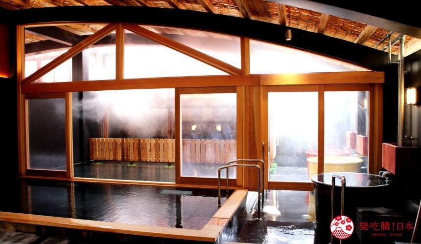日本九州自由行推薦長崎島原、雲仙的老字號溫泉旅館「伊勢屋」的溫泉大浴場