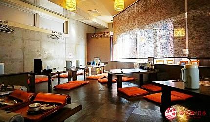 博多必吃的絕品牛腸鍋「もつ鍋二十四」,濃郁系味噌湯頭女性大推薦-和式座位