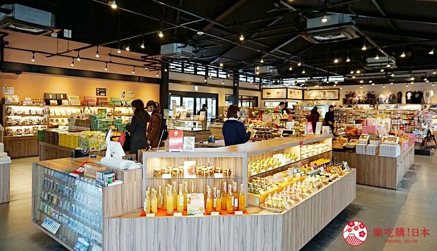 由布院車站直達!九州伴手禮專賣店「日乃新」買零食、泡足湯超好逛-店內